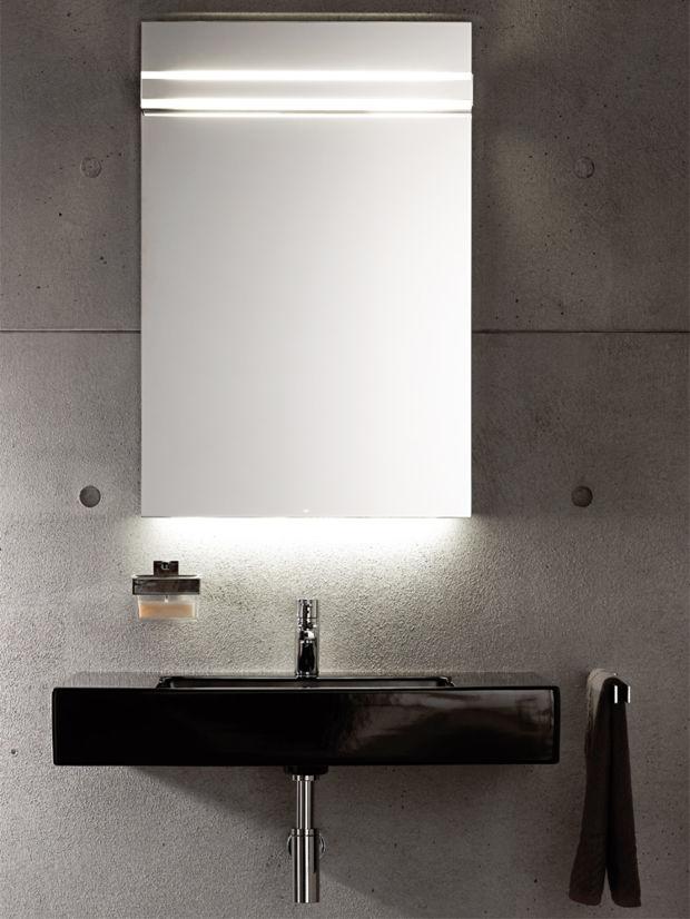 licht und schatten badezimmerspiegel zuhausewohnen. Black Bedroom Furniture Sets. Home Design Ideas