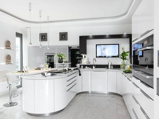 Küche Weiss Und Rund