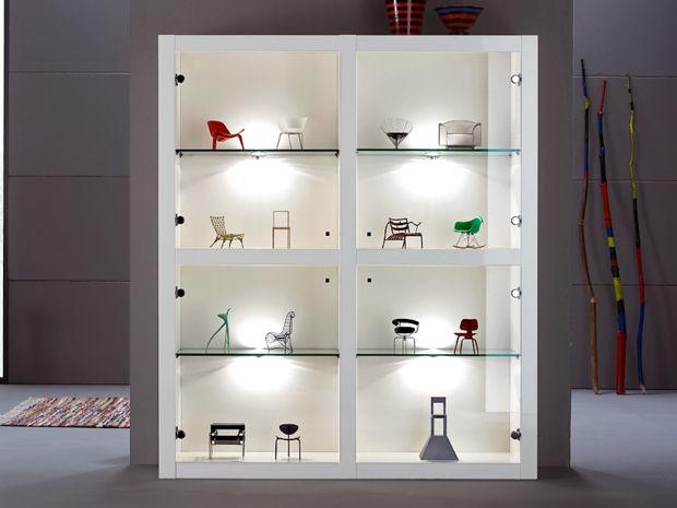 vitrinen co zuhausewohnen. Black Bedroom Furniture Sets. Home Design Ideas
