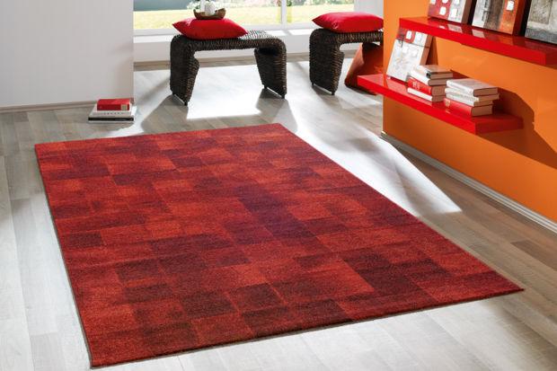 wohnen rote m bel zuhausewohnen. Black Bedroom Furniture Sets. Home Design Ideas