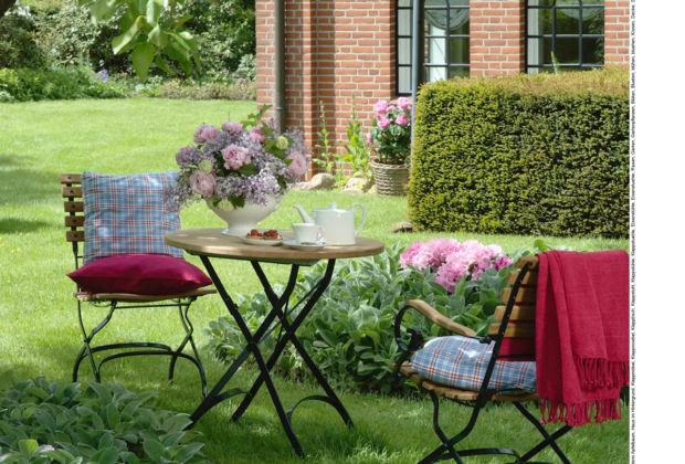 terrassen sitzecke stunning die terrasse neu gestalten sitzecke bequem weich rattan holz with. Black Bedroom Furniture Sets. Home Design Ideas