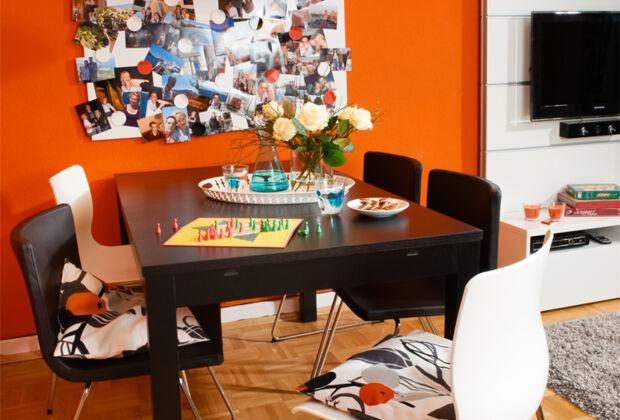 esspl tze f r kleine k chen zuhausewohnen. Black Bedroom Furniture Sets. Home Design Ideas