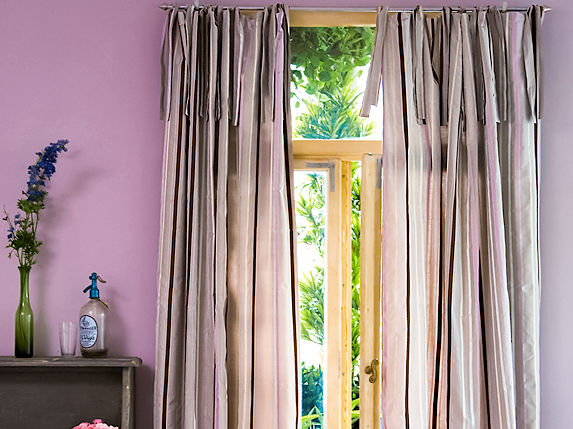 mehr pepp im schlafzimmer zuhausewohnen. Black Bedroom Furniture Sets. Home Design Ideas