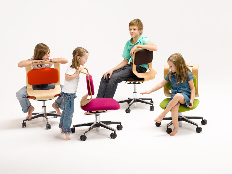 mitwachsender kinderschreibtisch zuhausewohnen. Black Bedroom Furniture Sets. Home Design Ideas