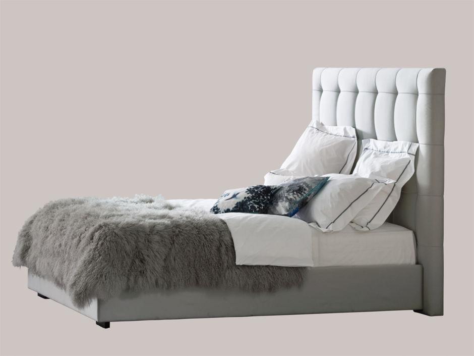 Schlafzimmer mit komfort zuhausewohnen for Bett 50 euro