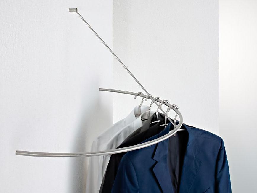 Garderoben 8