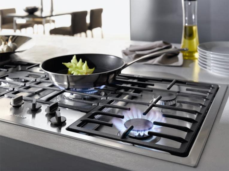 kochen mit induktion oder gas zuhause wohnen. Black Bedroom Furniture Sets. Home Design Ideas