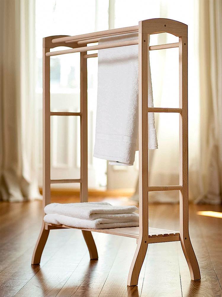 b der mit holzflair zuhause wohnen. Black Bedroom Furniture Sets. Home Design Ideas