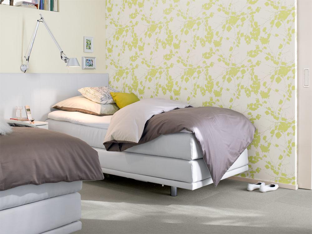 schlafzimmer mit komfort zuhause wohnen. Black Bedroom Furniture Sets. Home Design Ideas