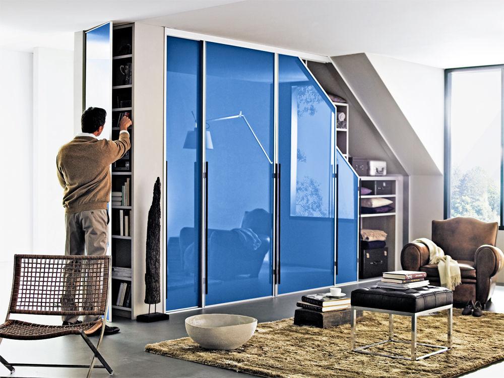Schrank Cabinet