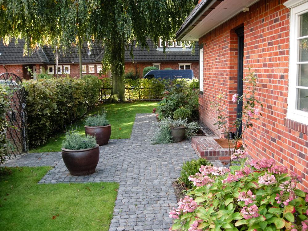 Experten beratung f r eine individuelle gartengestaltung for Gartengestaltung schmaler garten