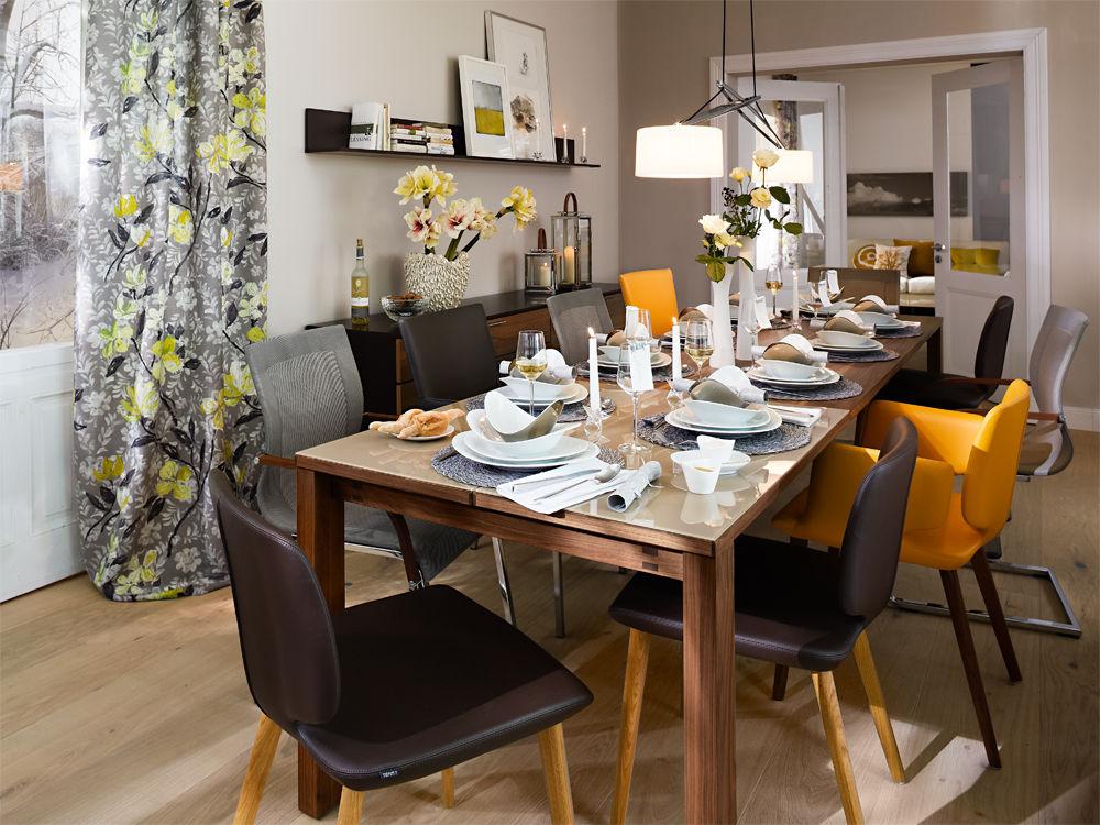 patchwork am tisch zuhause wohnen. Black Bedroom Furniture Sets. Home Design Ideas