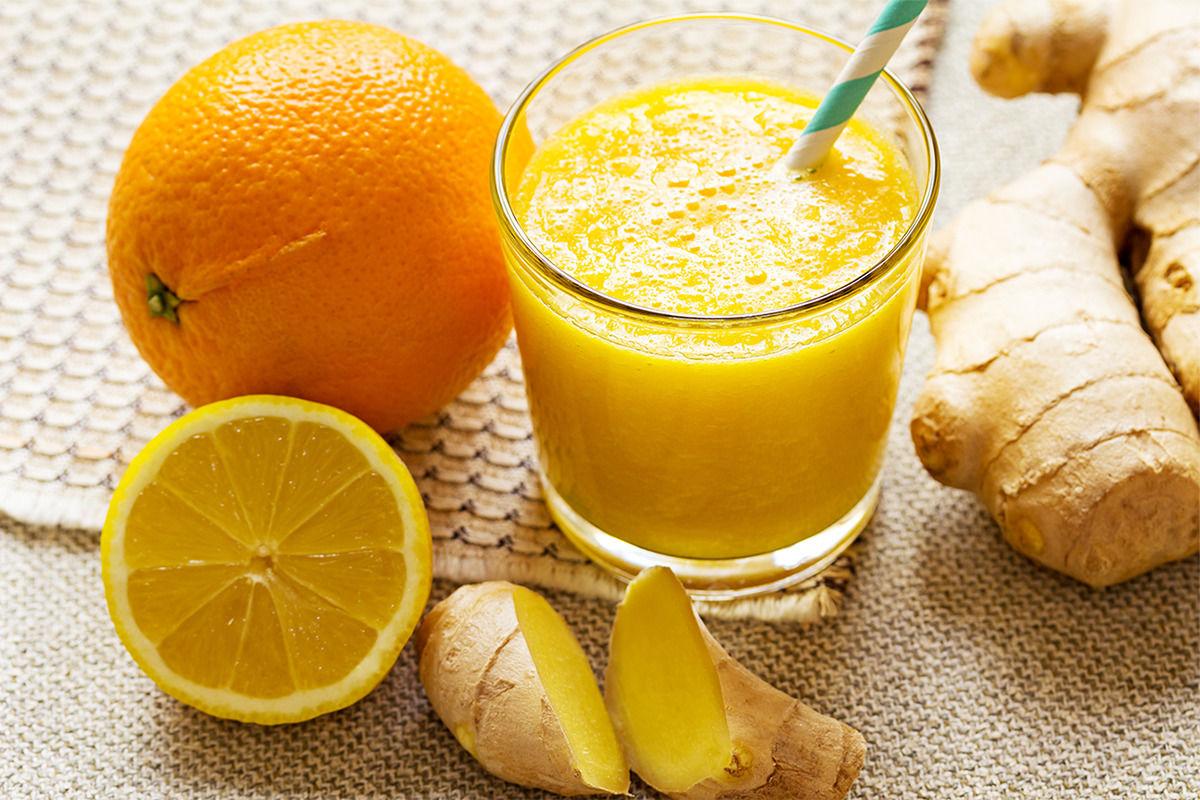 Ein leckerer Smoothie mit Orangen