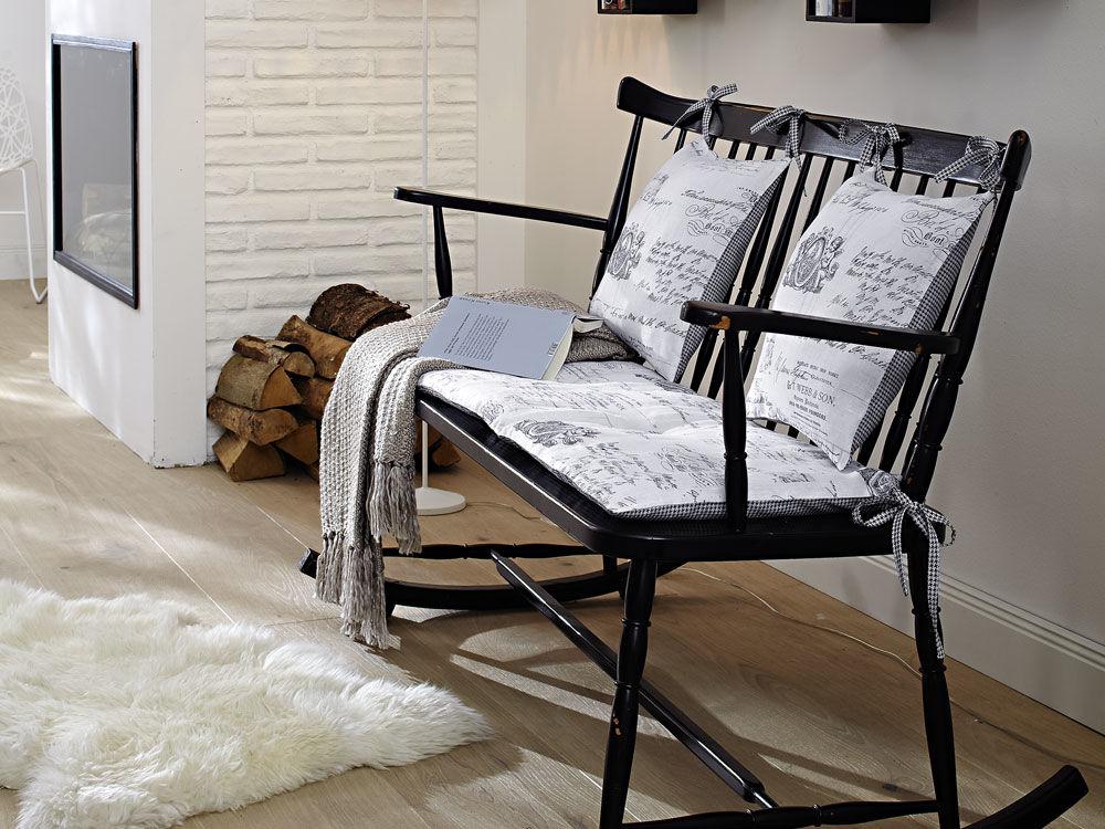 schaukelstuhlkissen zuhause wohnen. Black Bedroom Furniture Sets. Home Design Ideas