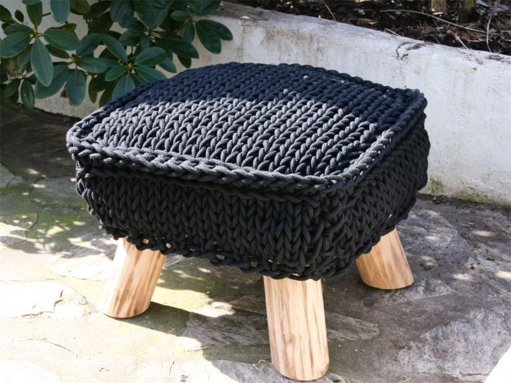 deko in strickoptik zuhause wohnen. Black Bedroom Furniture Sets. Home Design Ideas