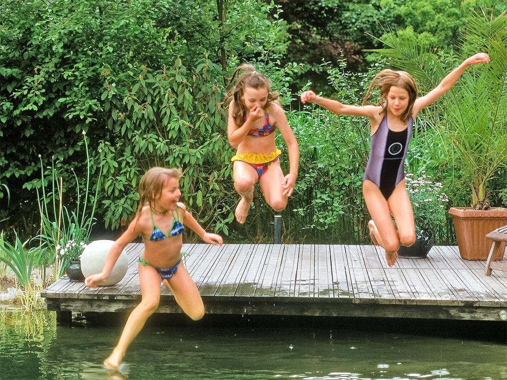Schwimmteich Kinder