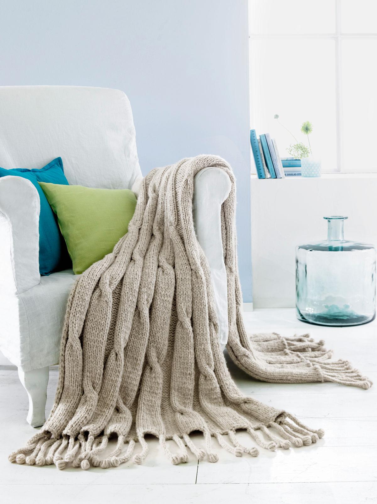 plaid mit zopfmustern zuhause wohnen. Black Bedroom Furniture Sets. Home Design Ideas