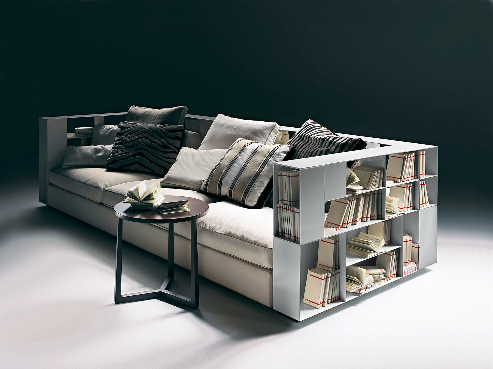 Modulare Sofa Designs Mit Integrierten Regalen Im Modernen