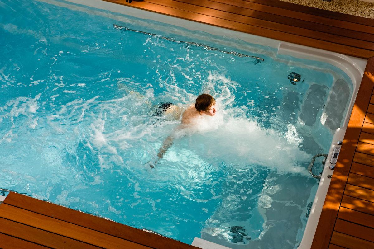 Weg zum eigenen pool zuhause wohnen for Garten pool mit gegenstromanlage