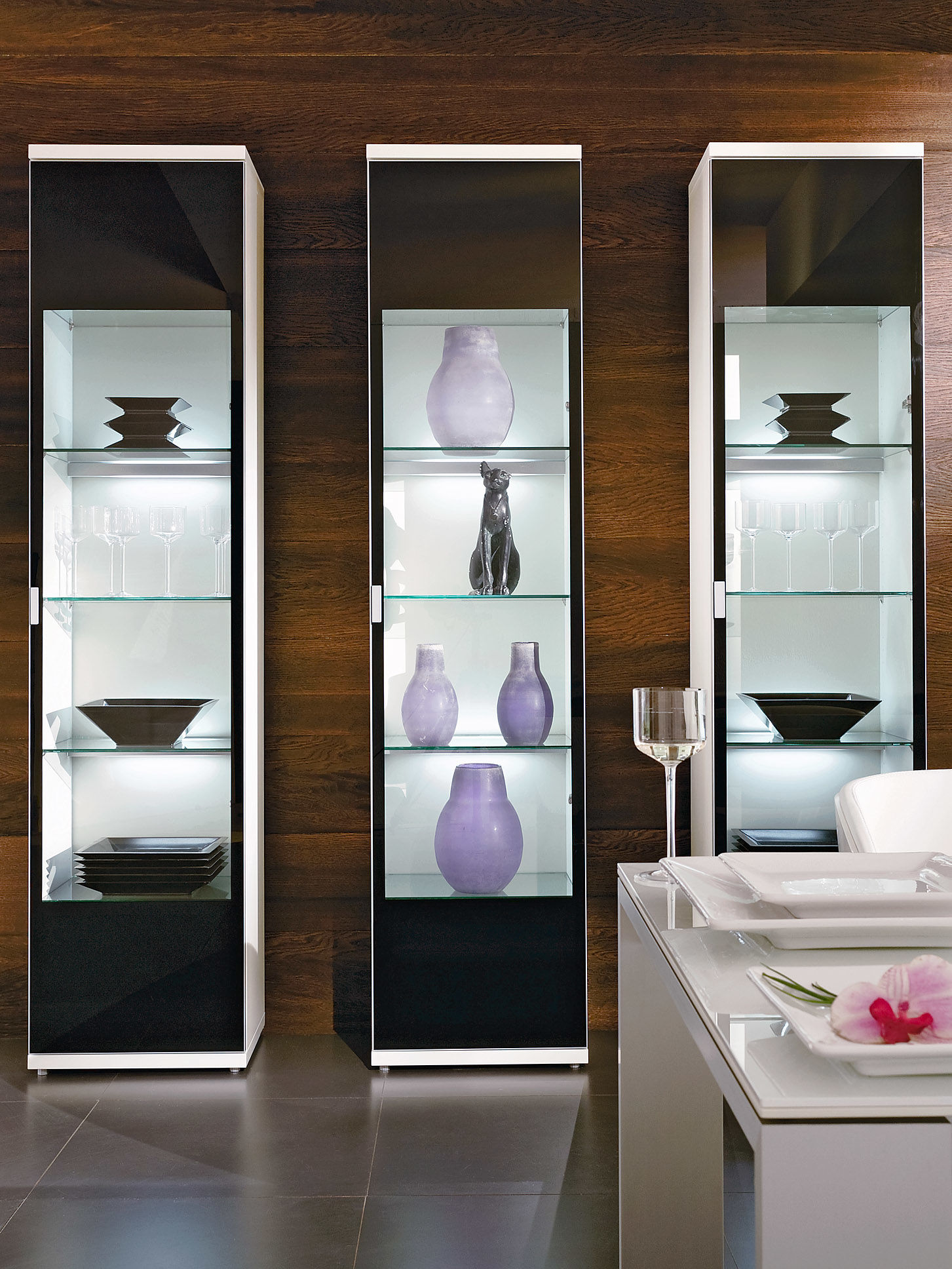 glasvitrine deko bestseller shop f r m bel und einrichtungen. Black Bedroom Furniture Sets. Home Design Ideas