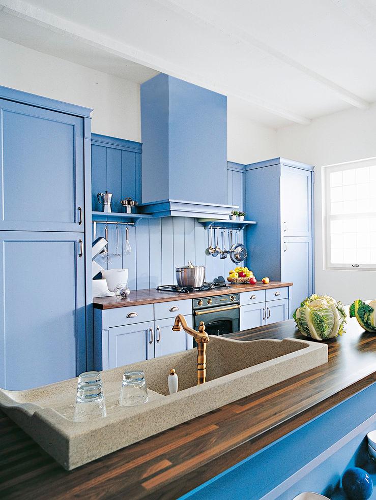 k cheneinrichtungen in sinnlichem blau zuhause wohnen. Black Bedroom Furniture Sets. Home Design Ideas