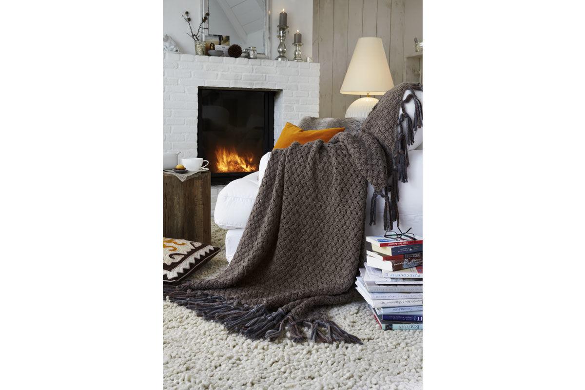 anleitung kuschelige wolldecke zuhause wohnen. Black Bedroom Furniture Sets. Home Design Ideas