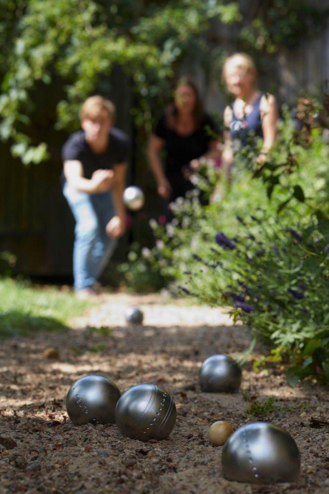 outdoor spiele boule