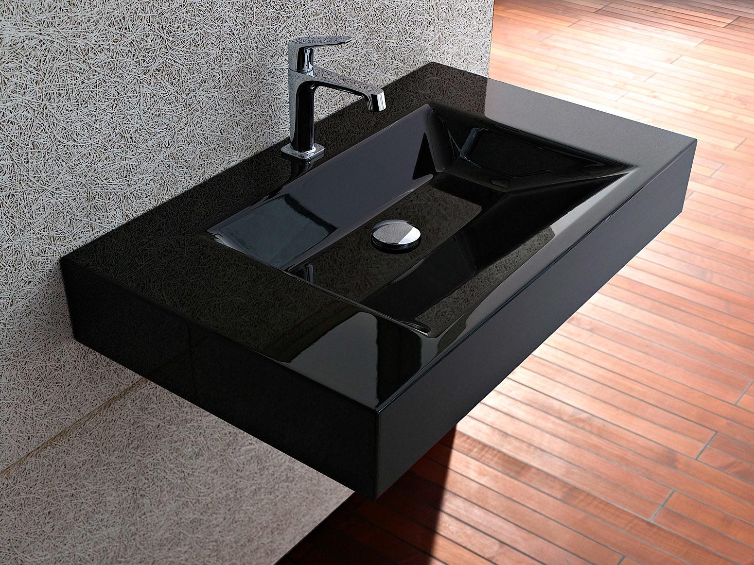 bad trends in schwarz zuhause wohnen. Black Bedroom Furniture Sets. Home Design Ideas