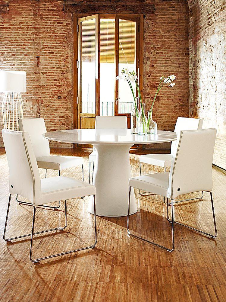 moderne st hle f r den essbereich zuhause wohnen. Black Bedroom Furniture Sets. Home Design Ideas