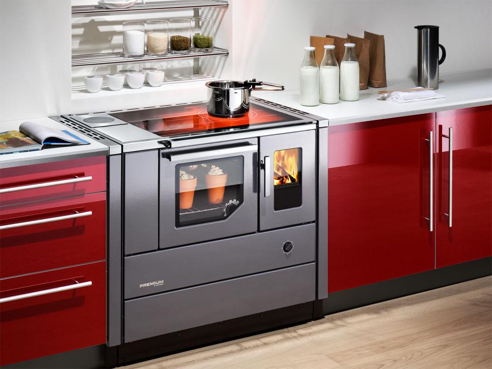 kochen mit gro er flamme zuhause wohnen. Black Bedroom Furniture Sets. Home Design Ideas