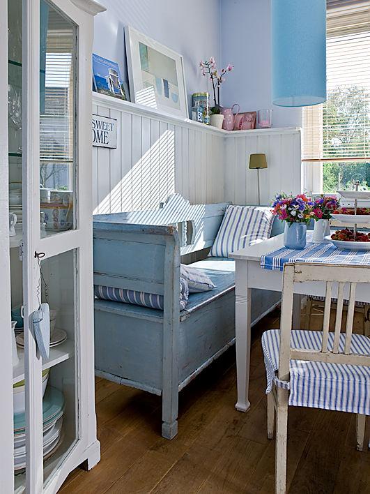 einrichtungsideen f r den klassischen landhausstil. Black Bedroom Furniture Sets. Home Design Ideas