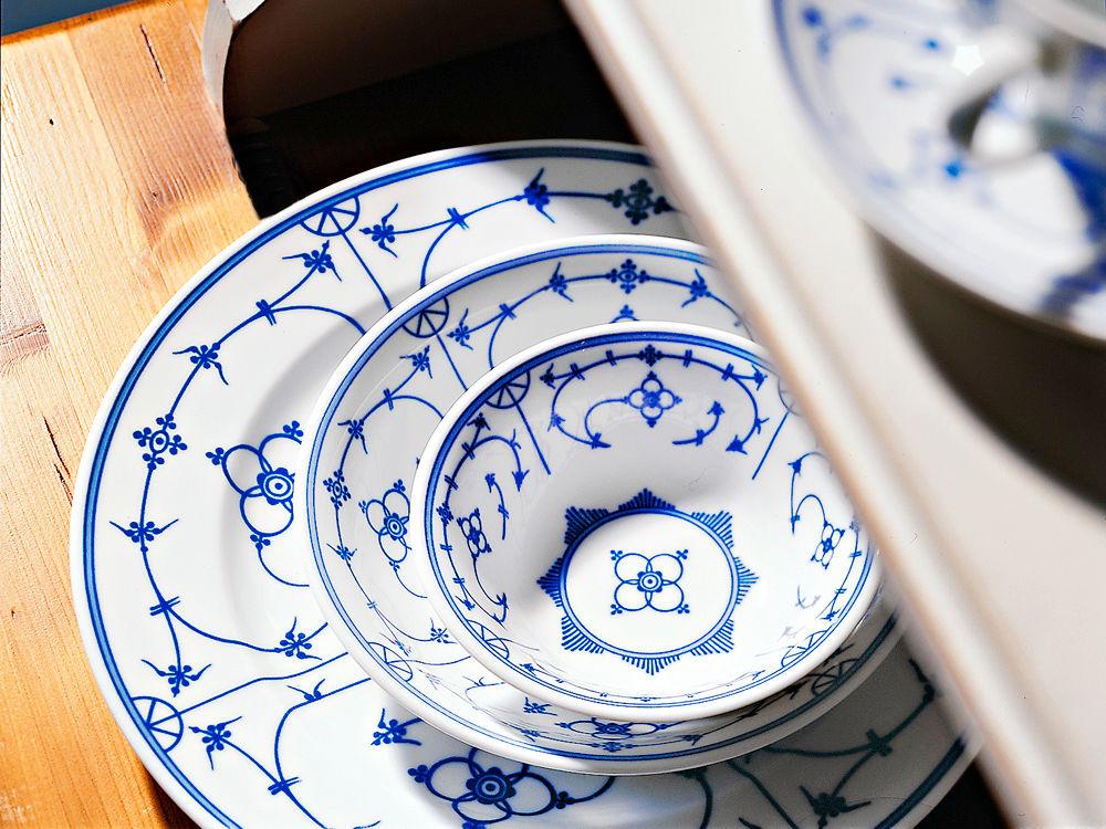 blau weies geschirr mit tradition zuhausewohnen - Geschirr Muster