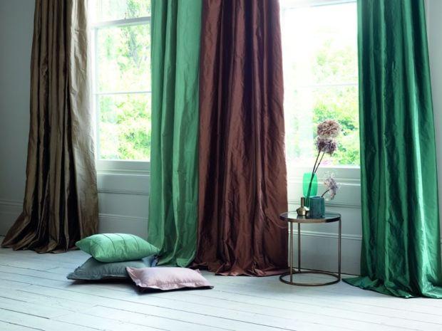 so gestalten sie schwierige fenster zuhausewohnen. Black Bedroom Furniture Sets. Home Design Ideas