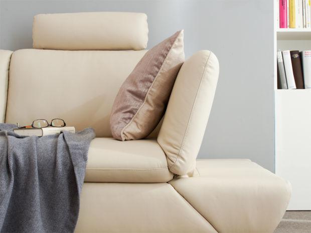 komfort im wohnzimmer zuhausewohnen. Black Bedroom Furniture Sets. Home Design Ideas